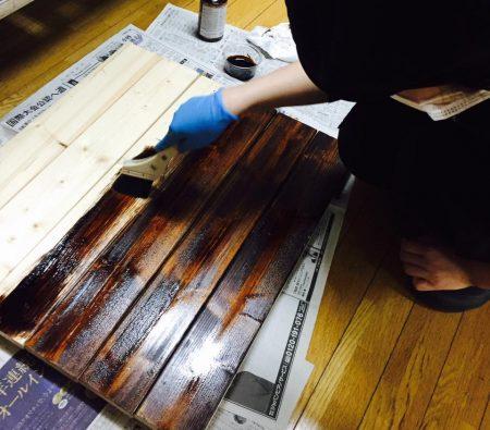 木目を生かすオイル系塗料で いい感じ
